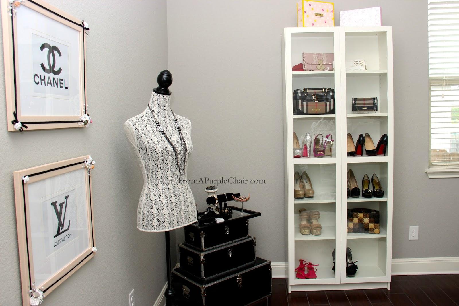 Miss Liz Heart: Makeup Room/Beauty Room Set Up (Before) on Make Up Room  id=56835