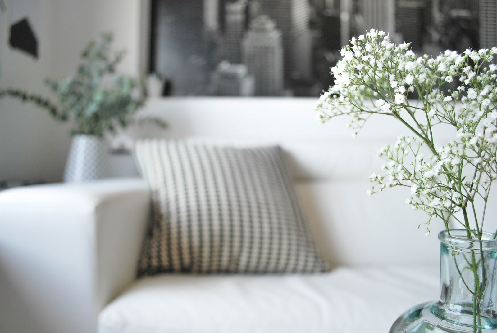 http://www.hommum.com/2014/06/my-home-mi-rincon-de-lectura.html #scandinavianstyle #estilonordico