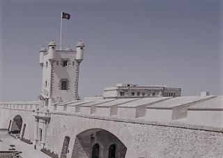 Puerta-Tierra-Cadiz_EDIIMA20150218_0803_