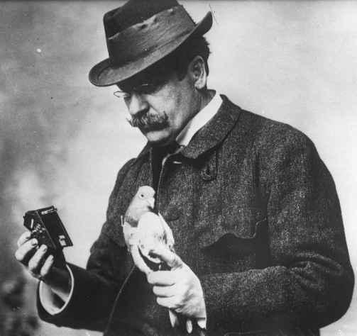 Os pombos fotógrafos de Julius Neubronner
