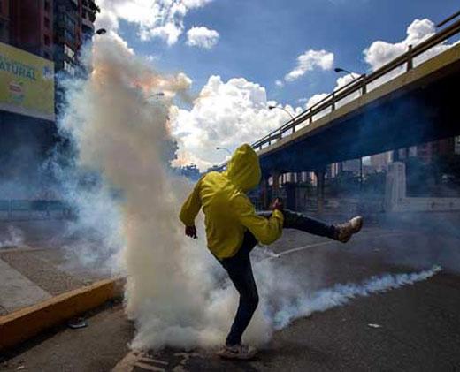 Veinte heridos y 70 detenidos en disturbios tras Toma de Caracas