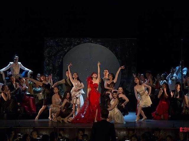 Quá oan cho Nhà hát giao hưởng nhạc và vũ kịch!