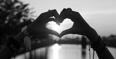 क्या प्यार करना पाप है? क्या प्यार करना गलत है या सही