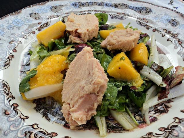 ensalada-atún-mango-vinagreta-chardonnay-bocado