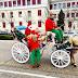 Ιωάννινα:Ο Αϊ Βασίλης   με την άμαξά του ξεκίνησε να μοιράζει  δώρα!