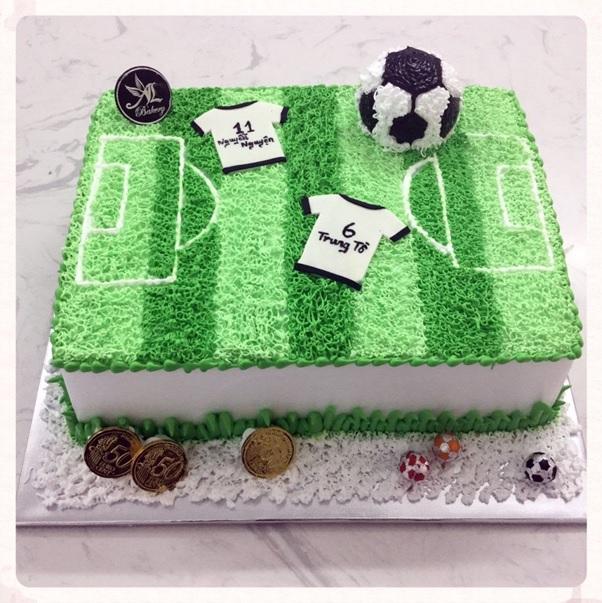 5+ Ý tưởng bánh sinh nhật bóng đá, sân bóng độc đáo và ấn tượng nhất