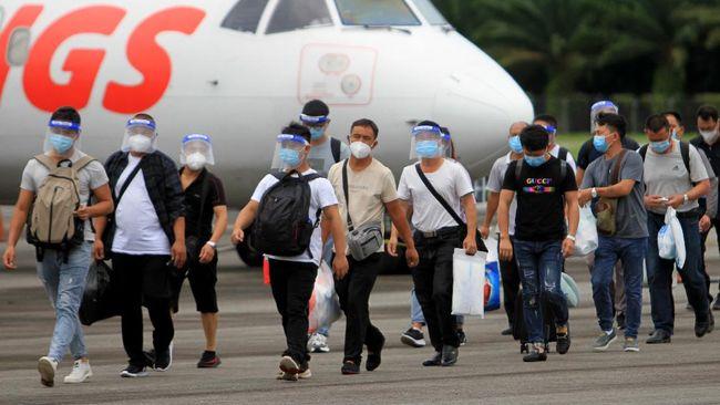 Izin TKA Masih Disetop Tapi Ratusan TKA China Bebas Masuk, Kemnaker: Itu Beda Ya, Mereka Bagian Proyek Strategis Nasional!
