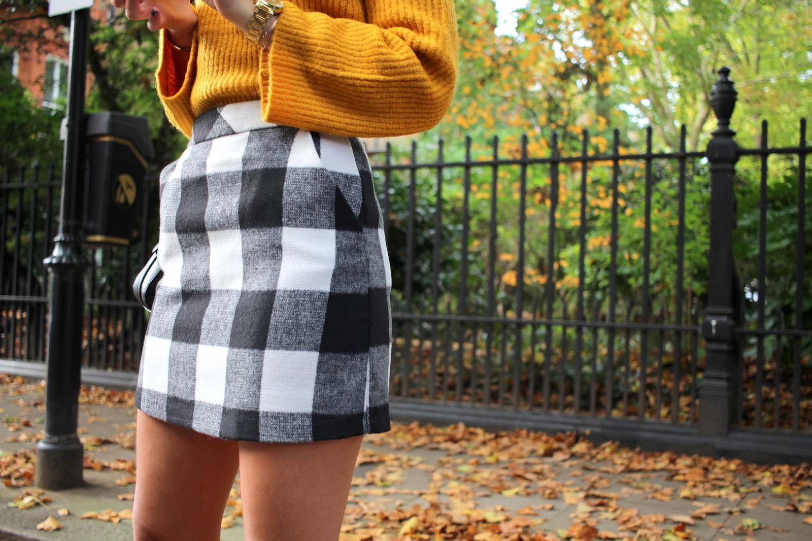 autumn style check skirt peexo blogger