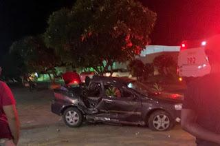 Chapada: Veículo colide contra árvore e deixa motorista ferido; veja vídeo