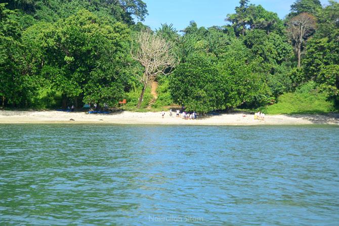 Pantai Pasir Putih Karang Pandan, Nusakambangan