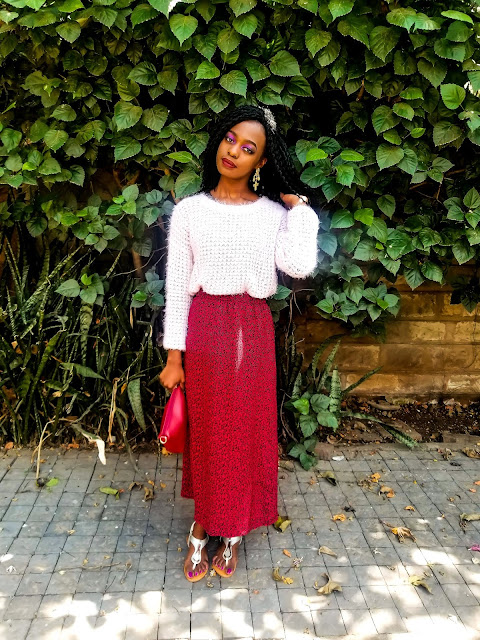 How To Style A Maxi Skirt With An Oversize Sweater
