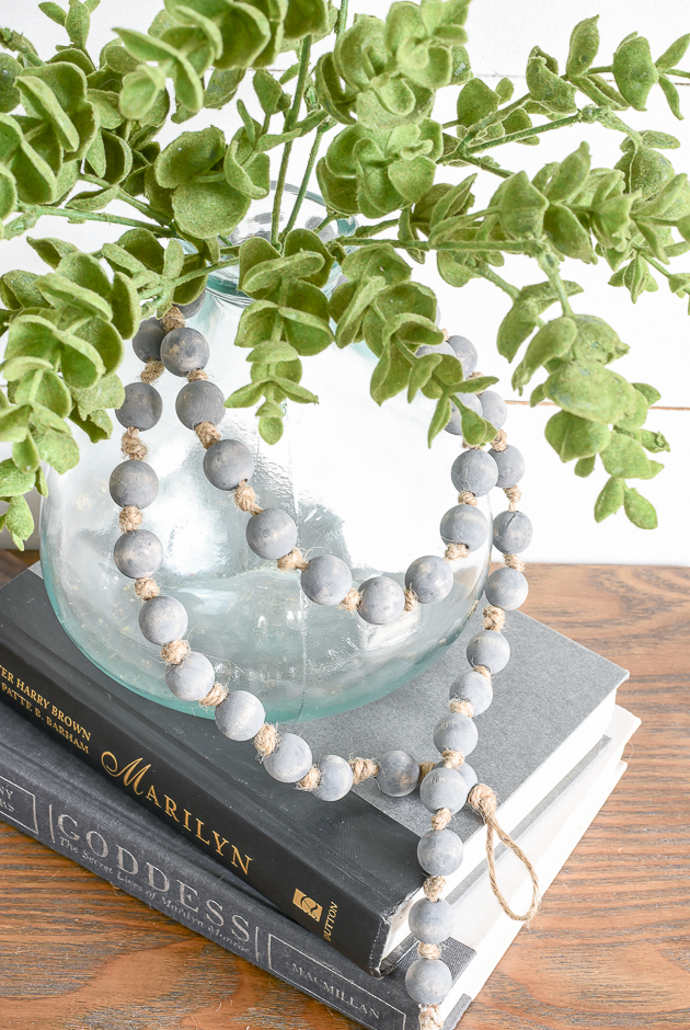 How to add texture to a wood bead garland.
