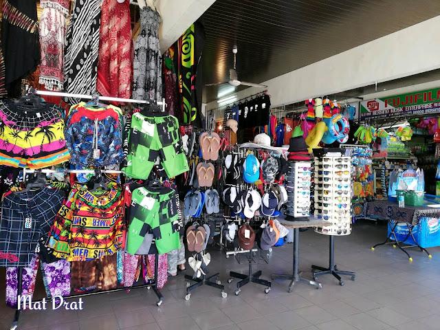 Kedai di terminal Jeti Mersing