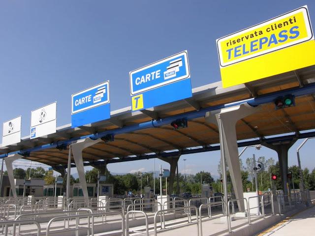 Autostrada A27 Treviso - Belluno, casellante aiuta donna ferita