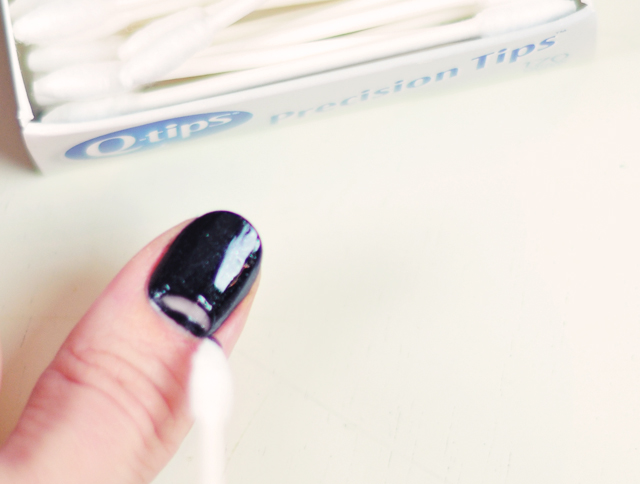 DIY Red Black Gold Galaxy Manicure