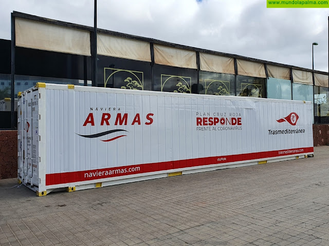 Naviera Armas Trasmediterránea pone a disposición de Cruz Roja un contenedor para almacenar alimentos
