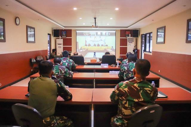 Izak Pangemanan Terima Arahan Joko Widodo dalam Rapat Evaluasi Perkembangan PPKM di Luar Jawa-Bali