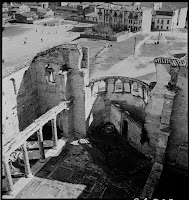 Agios Ioannis Stoudios (İmrahor Camii), February 1937. Artamonoff climbed an abandoned minaret to photograph the eastern end of the building and the neighbourhood around it. The photo clearly shows the rearranging of the sanctuary with the construction of a mihrab to convert the Church into a mosque. The İmrahor Camii fell into disuse after the fire of 1920.  However, it was rebuilt in order to work again as a mosque [Credit: © Nicholas V. Artamonoff Collection, Image Collections and Fieldwork Archives, Dumbarton Oaks]