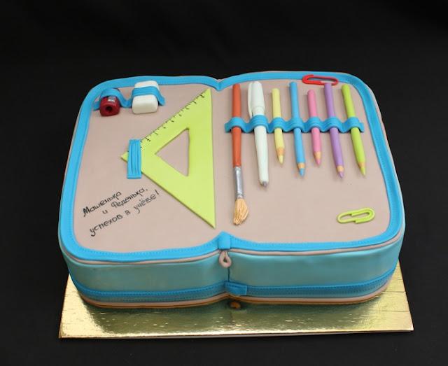 торты, торты школьные, торты на 1 сентября, торты для детей, торты для школьников, торты на день знаний, шоколадные листья, шоколадные перья, рецепты тортов, День знаний, 1 сентября, угощение, еда, кулинария, декор тортов, оформление тортов, оформление блюд, рецепты кулинарные, торты праздничные, школьное, про торты, школа, торты для первоклассников, первый звонок,