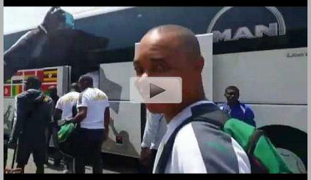 Découvrez les images de l'arrivée des Lions Indomptables à Franceville (Vidéo)