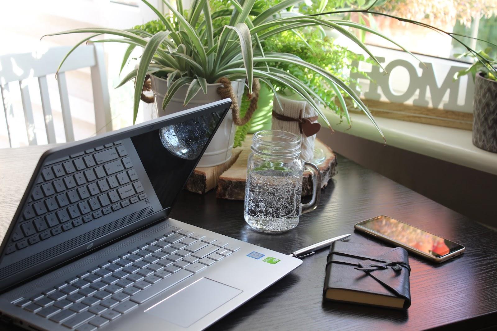 Wakacyjne porządki na blogu | Jak wykorzystać letnią przerwę?