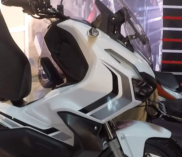 ADV150  Putih ABS