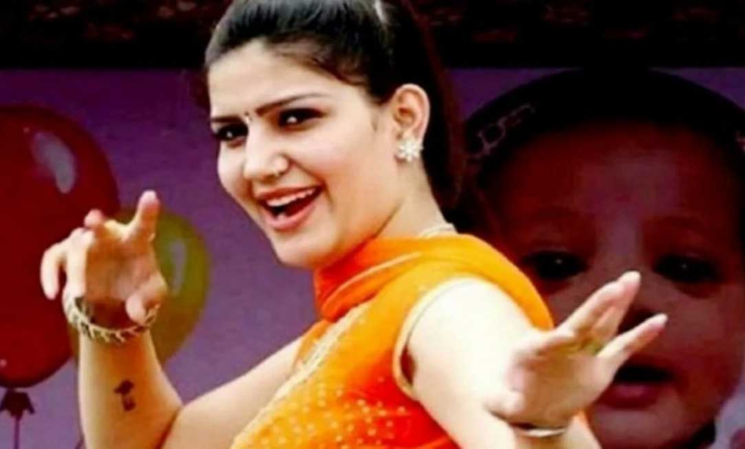 Sapna Chaudhary dance hot dance and desi thumka went viral