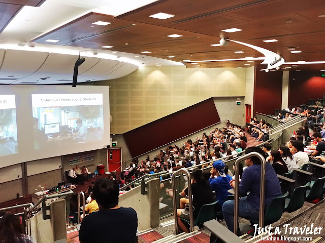 Australia-brisbane-university-master-bachelor-degree-campus-photo-kg-gp-student-qut-international-student-orientation-event-welcome-time