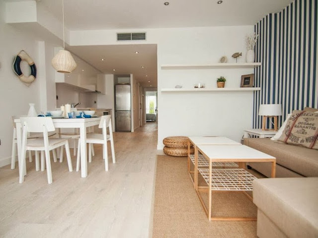 Un apartamento en sitges en chic dec decorar tu casa for Ofertas decoracion casa