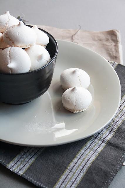 La ricetta delle meringhe: ecco come prepararle in casa