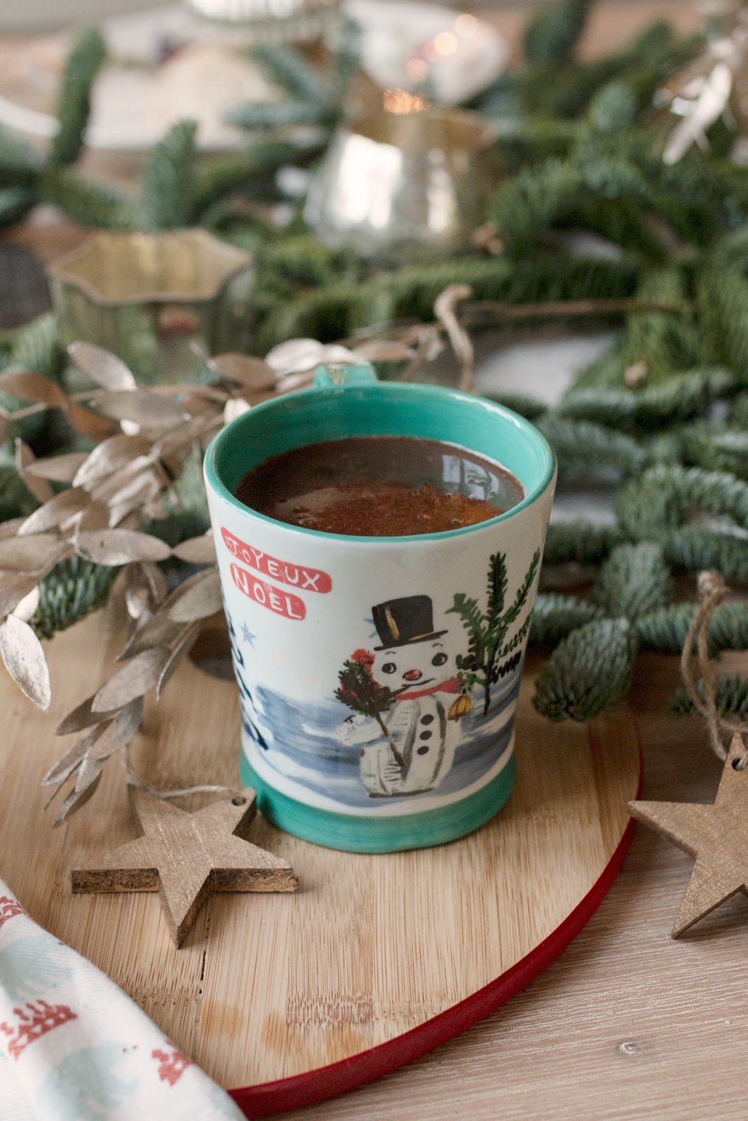 THE ULTIMATE FESTIVE HOT CHOCOLATE