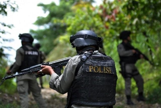 Anggota Brimob Poso Baku Tembak dengan Teroris
