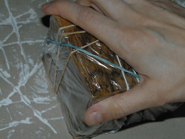 jak ozdobić szary papier pakowy