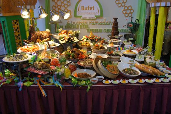 Buffet Berbuka Puasa Ramadhan 2015