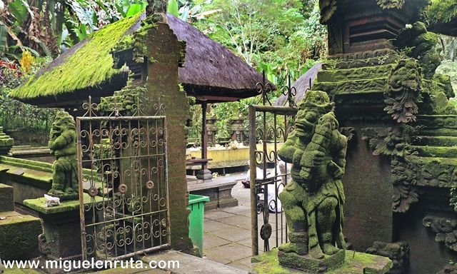 Pura-Luhur-Batukau-Bali