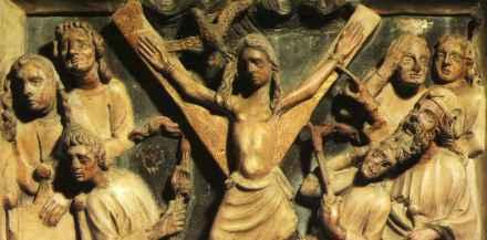 Instrumentos  de tortura reales Barcelona_cripta_sarcofago3b
