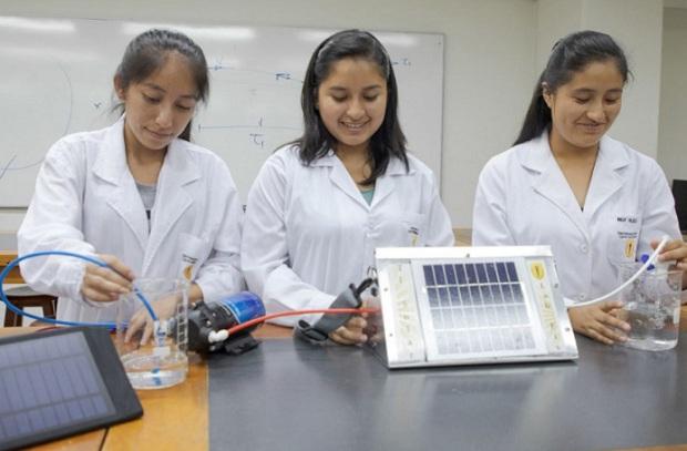Científicas peruanas darán charlas a universitarias que estudian carreras de ciencias