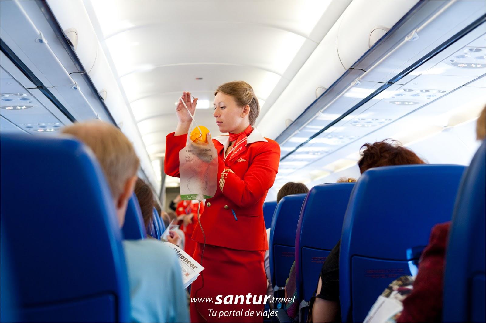 Avion, Viaje, Azafata, cosas que no debo hacer en un avion, mal compartamiento, agencia de viajes santur