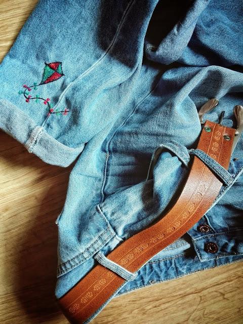 287. jeansy z latawcem