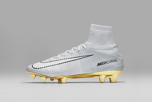 Cristiano Ronaldo estrena botas doradas