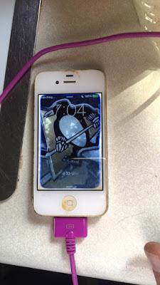 iPhone 4 setelah tenggelam masih normal
