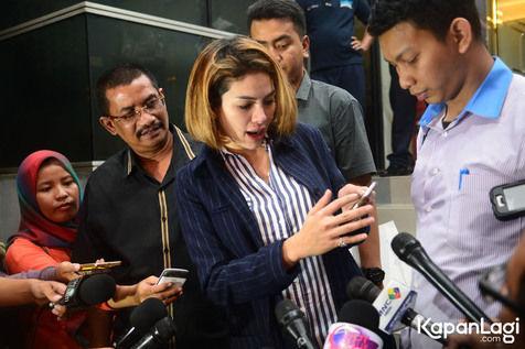 Awww… Nikita Mirzani Laporkan Jupe ke Polda Metro Jaya