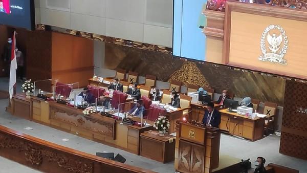 DPR Gelar Rapat Paripurna, Azis Syamsuddin Kembali Tak Ada di Meja Pimpinan