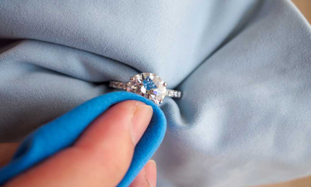 Cleaning Tips of Your Precious Jewelry