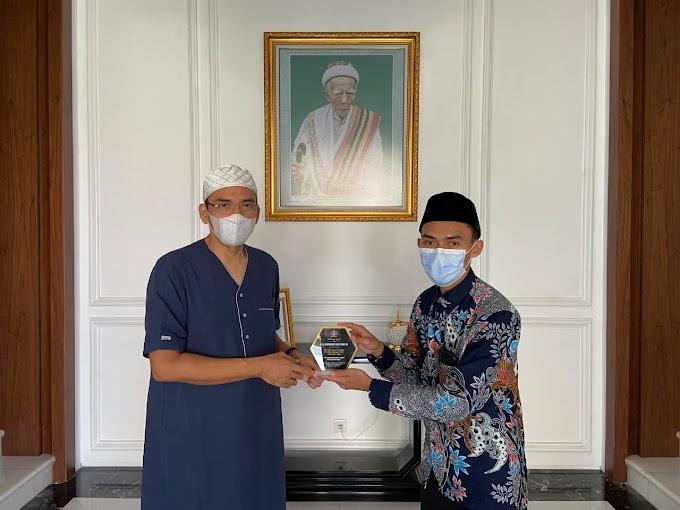 Perjalanan Misi Kepulangan Gubernur KM-NTB Mesir ; Silaturahim ke kediaman TGB di Pendopo Mataram (Bagian III)
