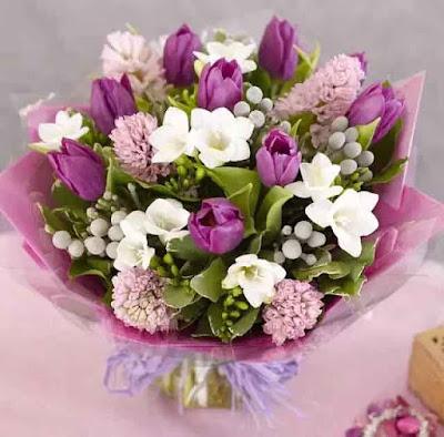Flowers For Birthday بوكيه ورد عيد الميلاد