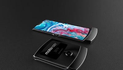 كشفت شركة Motorola عن هاتف قابل للطي باسم Razer