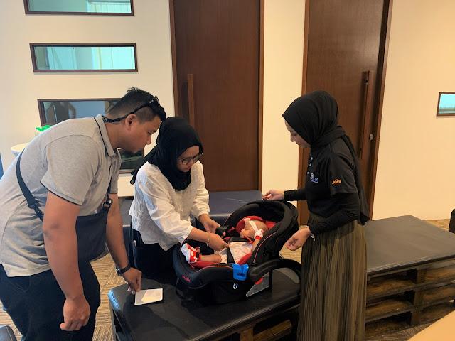 BMW Malaysia Menggesa Lebih Ramai Pihak Menyokong Program Subsidi KerusiKereta Kanak-Kanak bersama Safe 'n Sound dan Childline Foundation.