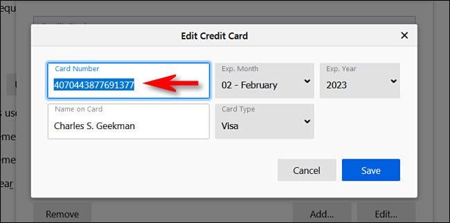"""في نافذة """"تعديل بطاقة الائتمان"""" ، سترى الرقم الكامل لبطاقة الائتمان."""
