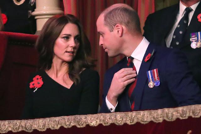 Kate i William na Festival of Remembrance
